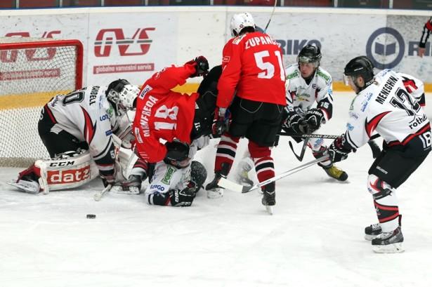Dinamična tekma v borbi za končnico