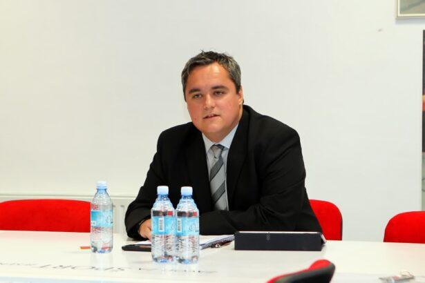 Predsednik HDD Jesenice Anže Pogačar gradi novo hokejsko zgodbo na Jesenicah (foto: Drago Cvetanovič)