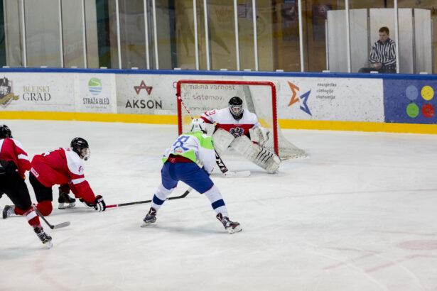 IIHF-SLO-AUT-U18-GP-20