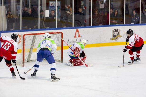 IIHF-SLO-AUT-U18-GP-72