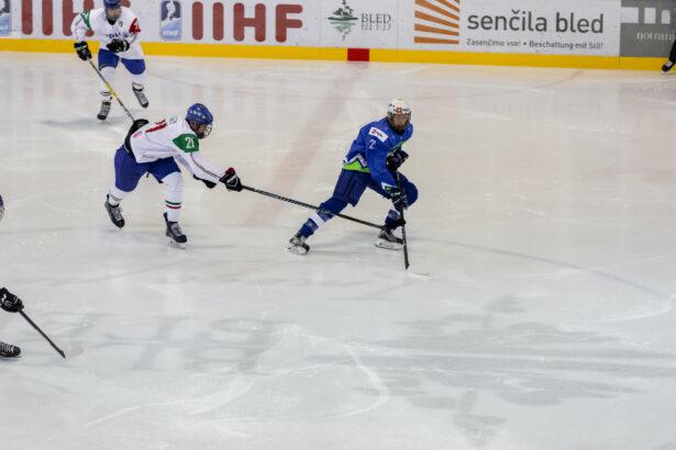 IIHF-SLO-ITA-U18-GP-28