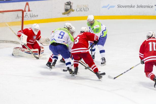 IIHF-SLO-POL-U18-GP-58