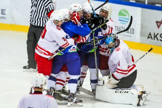 Borbena dvoboja sta za mladimi hokejisi
