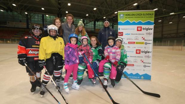 Knežje mesto v znamenju ženskega hokeja