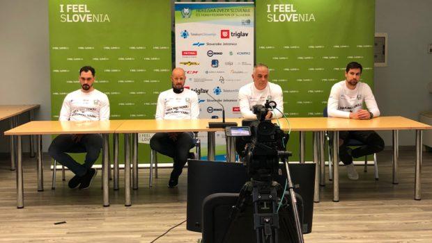 Zbor slovenske hokejske reprezentance pred turnirjem v Ljubljani
